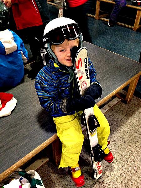 Bug can ski!