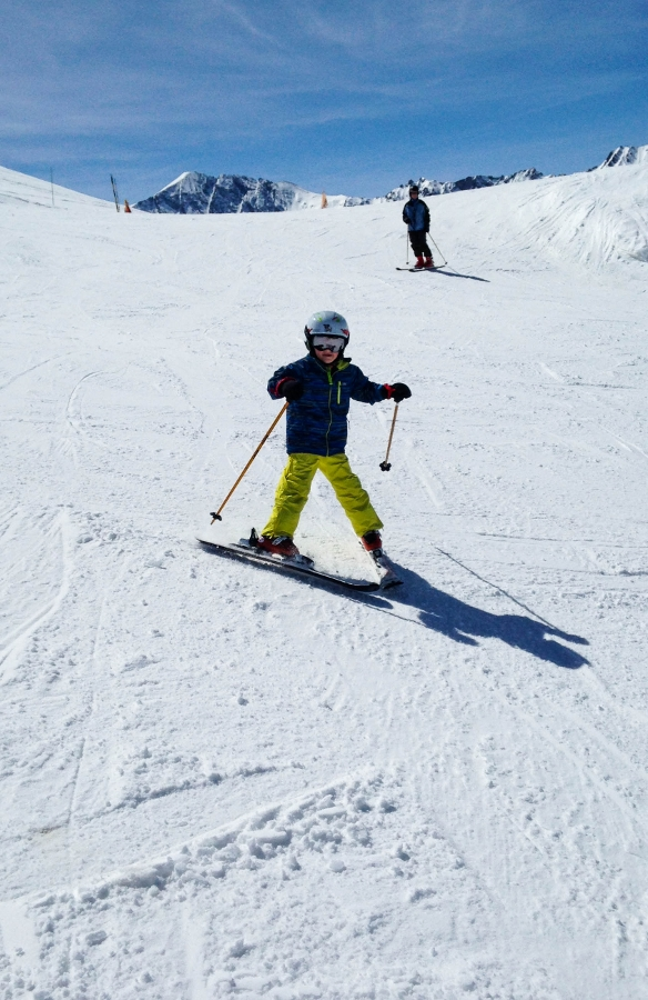 Back on the piste - tips for family skiing