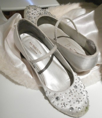 The best part of a wedding is kicking off your shoes to run barefoot!
