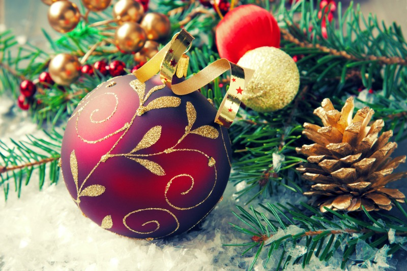 Merry Christmas! Reader Christmas Tree Offer