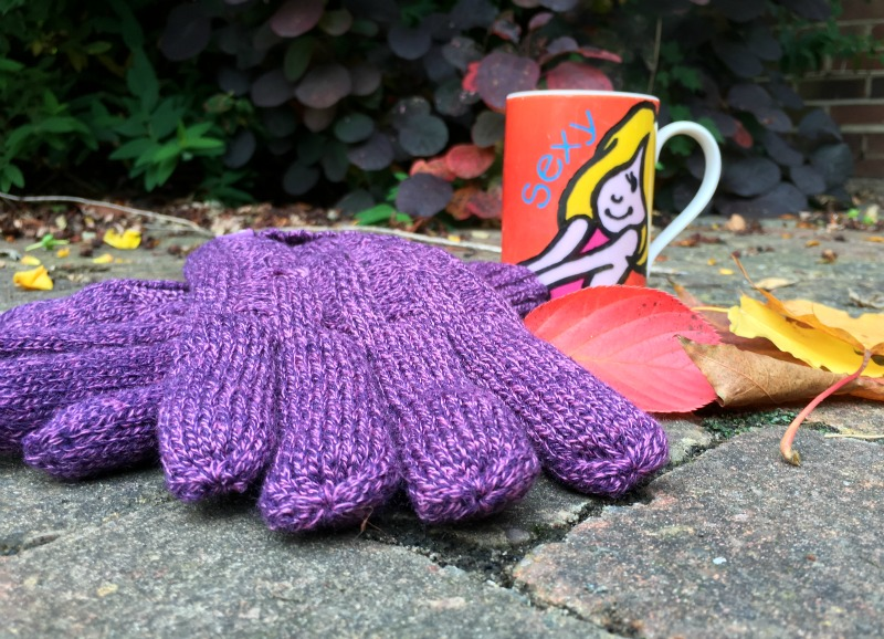Heat Holder gloves have a tog rating to help keep fingers warmer in winter