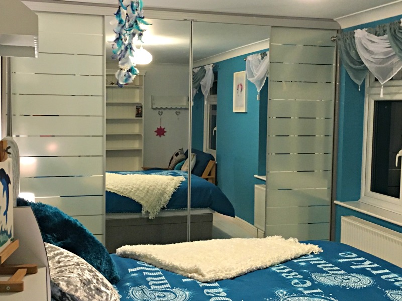 Tween teal bedroom makeover: how we went from Disney princesses to this