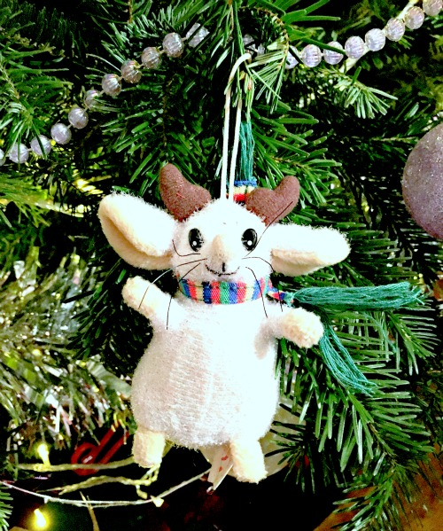Mouse on Christmas tree