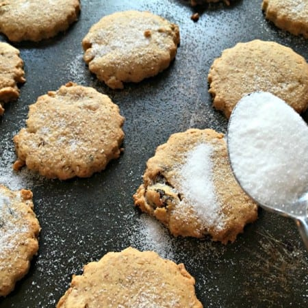 The tradition of Easter Biscuits and a recipe