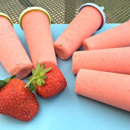 Strawberry Colada Ice Lollies (recipe)