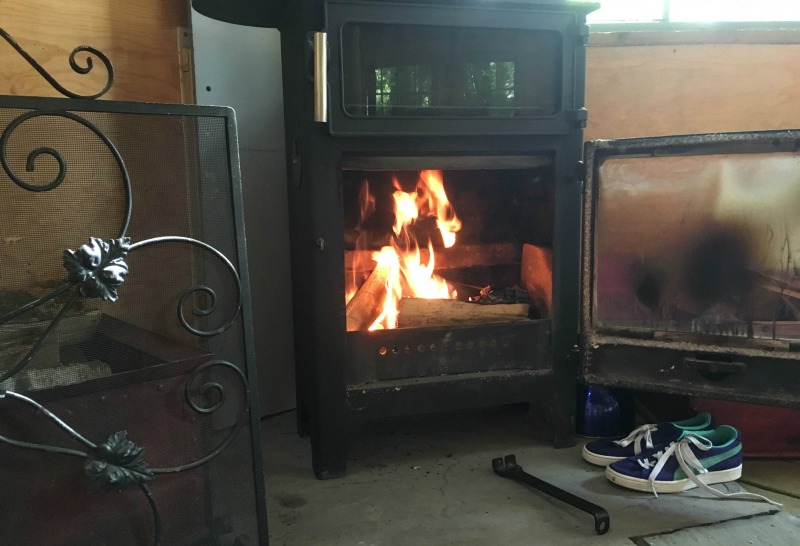 All the treehouse dwellings have wood burning stoves and plentinful logs and kindling are supplied for a cosy evening, whatever the weather.
