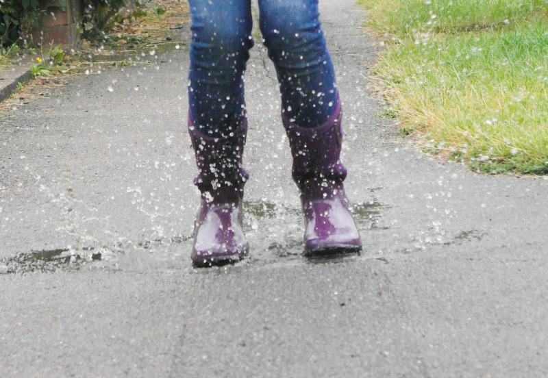 We really put our BOGS wellies to the test in puddles.