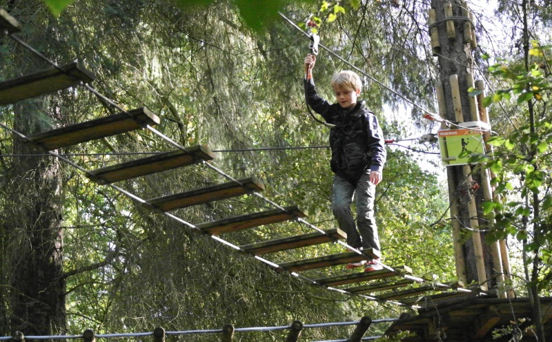 Go Ape Tree Top Junior, is a smaller version of the high ropes, high thrills park adventure, that's perfect for ages 6 and up. And for timid mums!